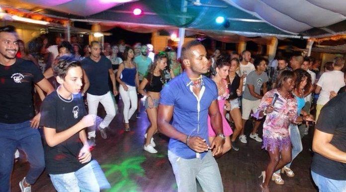 Le Sharm serata latina