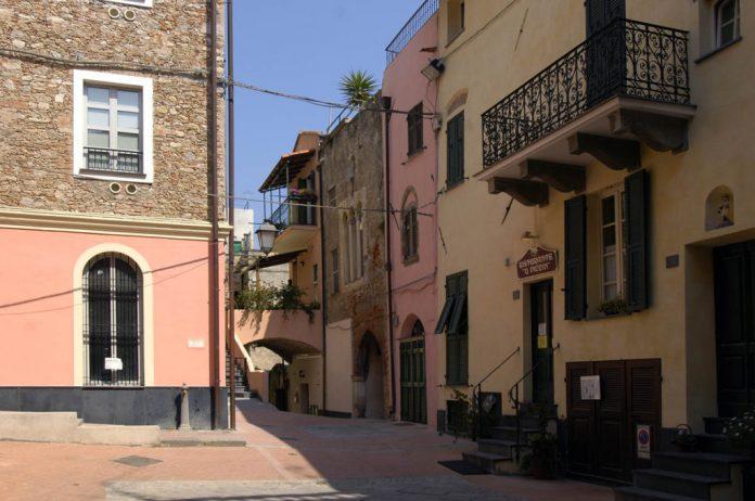 Loano, borgo castello