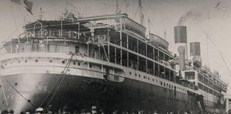 il-giulio-cesare-la-nave-che-trasportera-i-bergoglio-in-argentina-nel-porto-di-genova