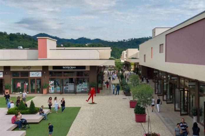 5Terre Outlet Village